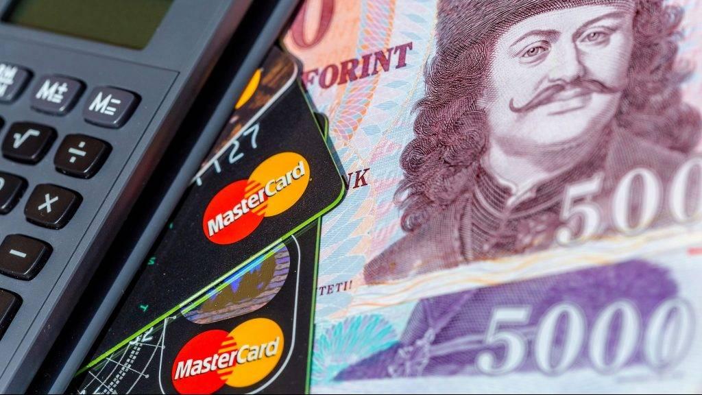Készpénz vagy Bankkártya?